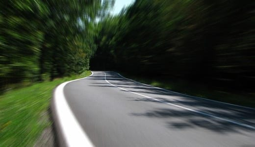 ページの表示速度を早くする必要性とその対策